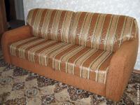 Как обновить диван своими руками?