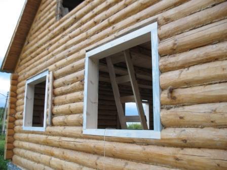 Установить окна в брусовом доме